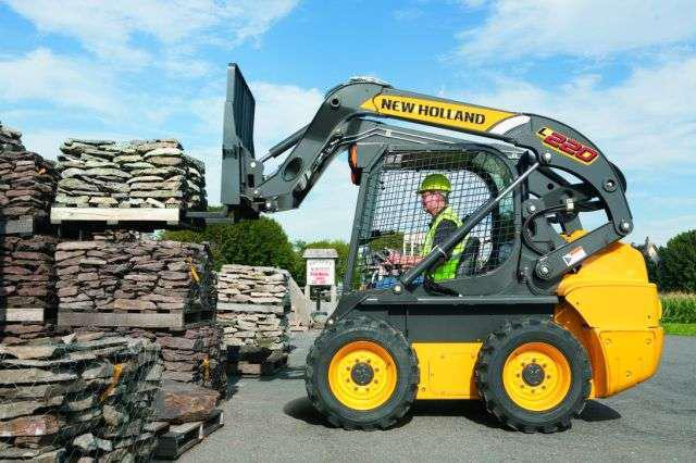 new holland construction introduces 7 new skid steer loaders. Black Bedroom Furniture Sets. Home Design Ideas