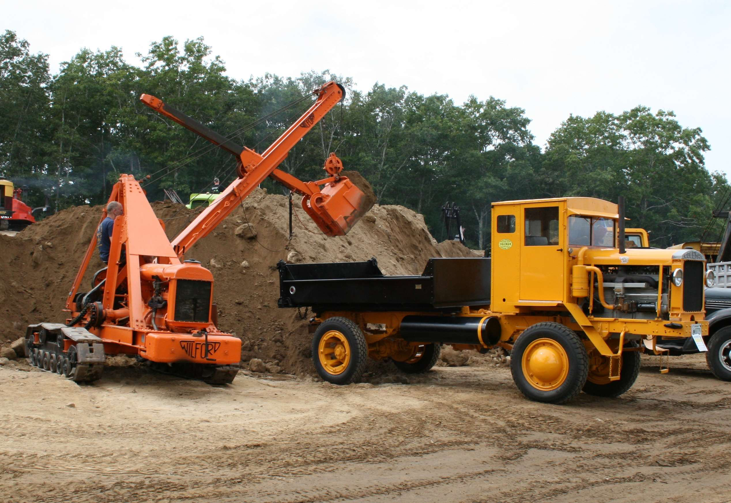 HCEA to display antique construction equipment at exposition