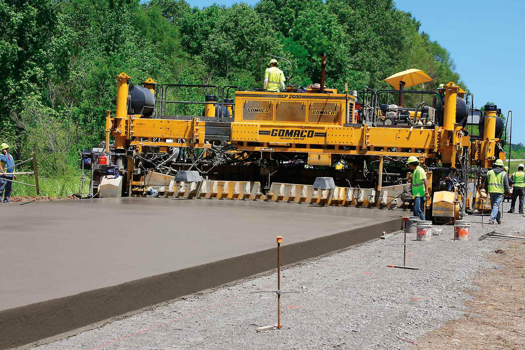 Concrete Paver Finisher : Slipform concrete pavers how to achieve bonus winning