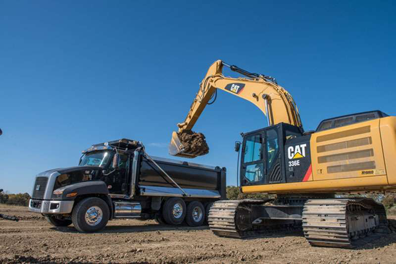 910c0031 Cat, Volvo, JCB are Equipment World's 2013 Innovations winners