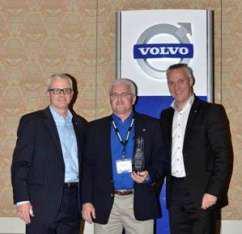 GATR dealer principal Bob Neitzke (center) receives the 2012 U.S. Dealer of the Year award from (left ) Terry Billings, Volvo Trucks vice president – business development and (right) Göran Nyberg, president, Volvo Trucks North American sales & Marketing.m