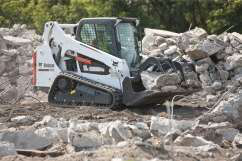 WOC_Bobcat_T590_with_Industrial_Grapple