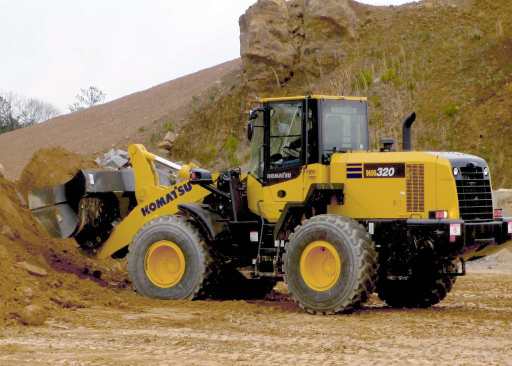 Komatsu WA320-7 wheel loader