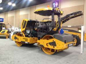 Volvo gave World of Asphalt attendees a sneak peak at the DD110B roller. It begins shipping in 45 days.