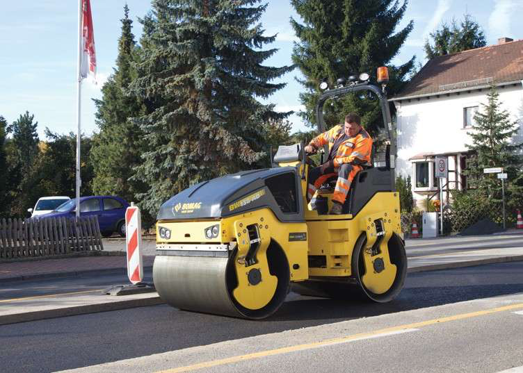 BOMAG BW138AD roller