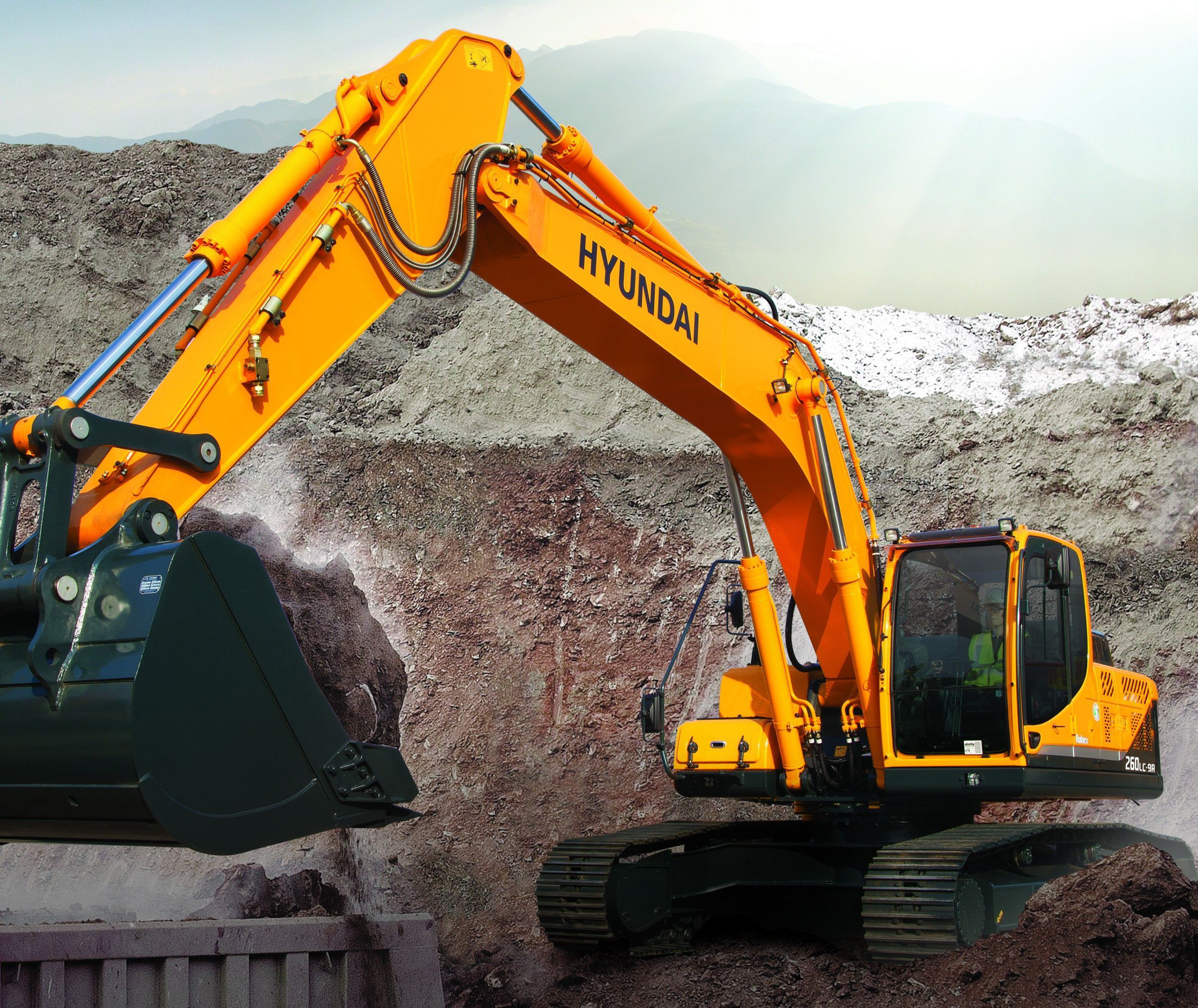 Product Of The Week Hyundai R260lc 9a Crawler Excavator