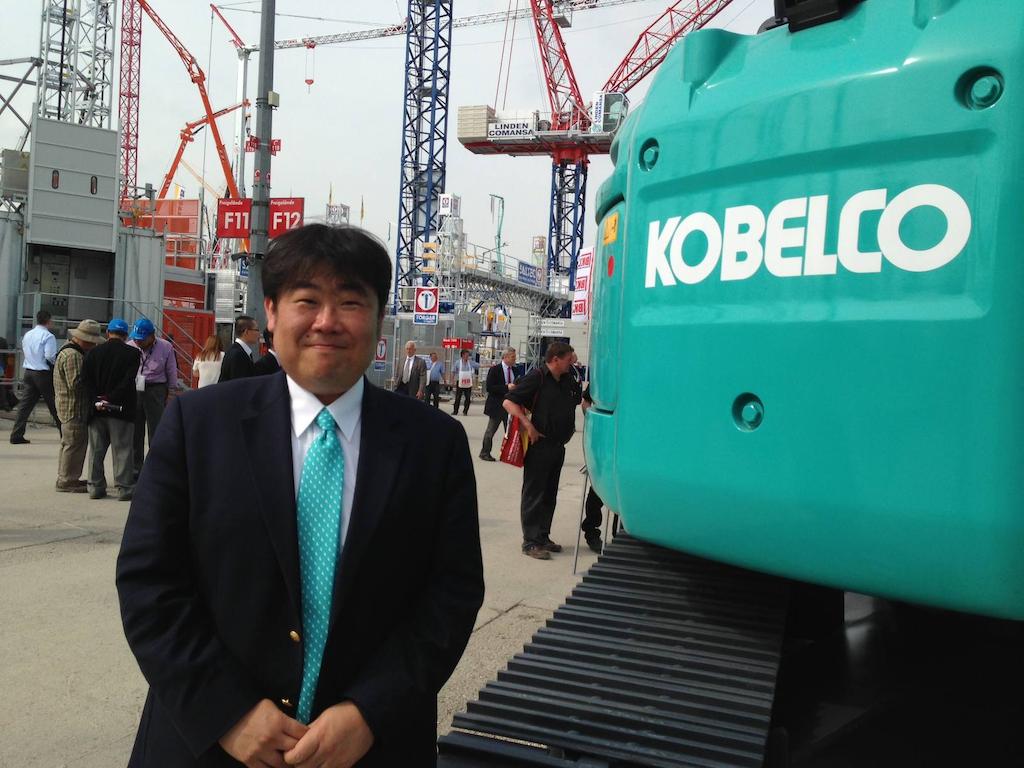 """Komatsu CEO Katsuhiko """"Pete"""" Morita Bauma"""