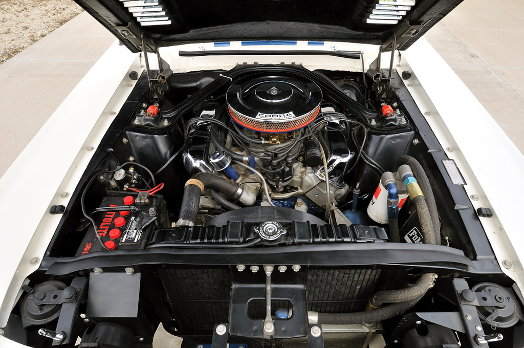 1967 Shelby GT500 Super Snake engine