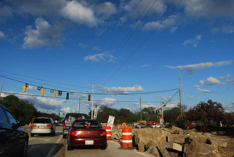A road in Naperville, Illinois, undergoes construction in 2009. (Photo: Michael Kappel / Flickr)