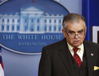 U.S. Transportation Secretary Ray LaHood speaks at the White House on February 22, 2013. (Photo: Reuters/Larry Downing)