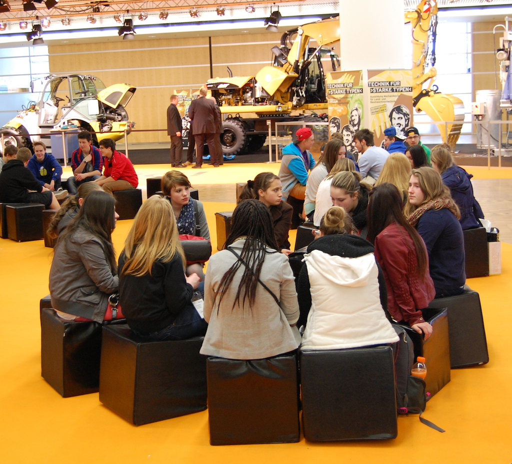 The Think Big hall at Bauma had plenty of room for static displays as well as gathering spaces, refreshments and techno-music to keep the atmosphere lively.