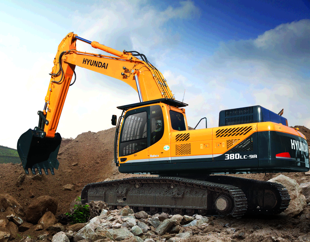 Hyundai's R380LC-9A excavator