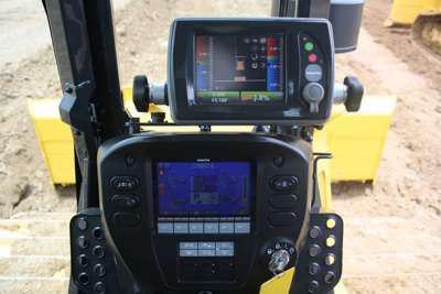 Komatsu D61i-23 dozer grade controls