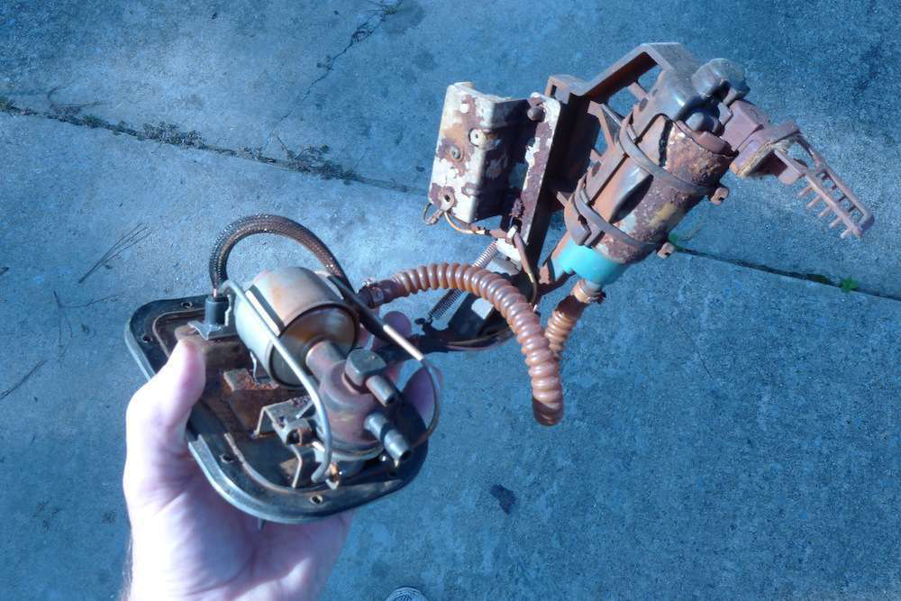0722-ethanol-harley fuel pump