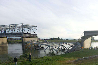 The I-5 bridge that collapsed into the Skagit River in May was classified as fracture-critical. (Photo: modified from Cole Wagoner / Twitter)
