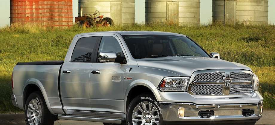 first look 2014 ram 1500 ecodiesel expected to offer class leading fuel economy photos. Black Bedroom Furniture Sets. Home Design Ideas