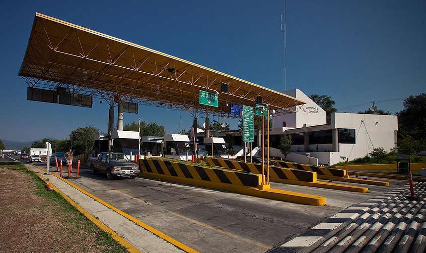 0813 Photo Mexico Toll Booth