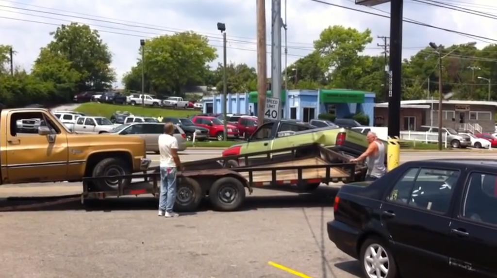 truck haul wreck