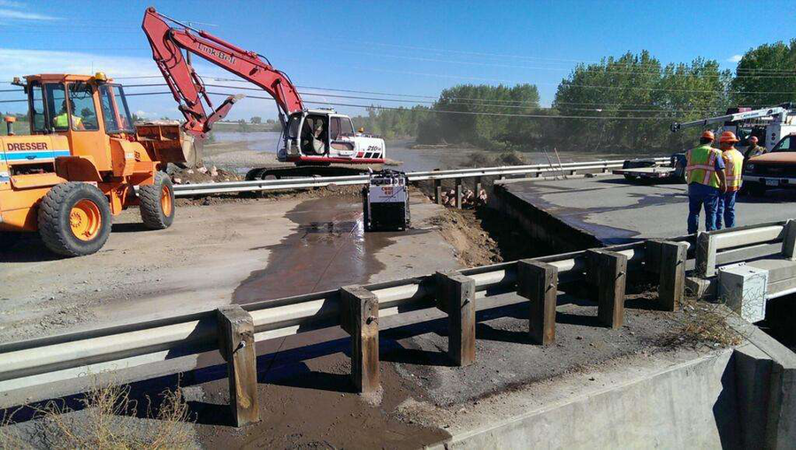 CDOT crews work to repair a bridge on State Highway 119 west of Intestate 25. (Photo: @ColoradoDOT / Twitter)
