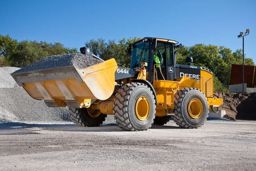 John Deere discusses the technology and fuel savings of the 644K Hybrid wheel loader