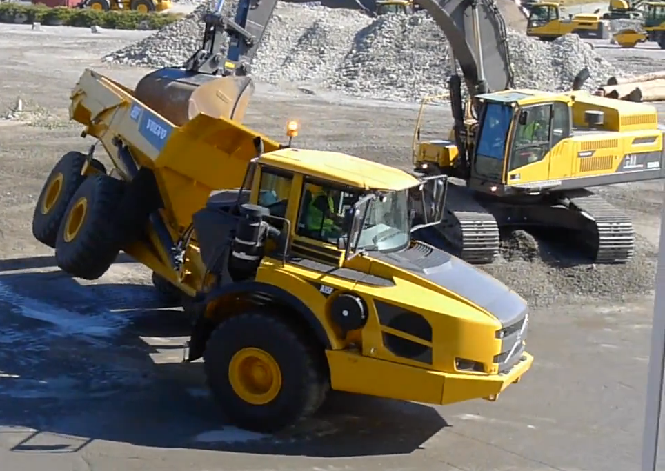 Volvo Equipment Demo 2013
