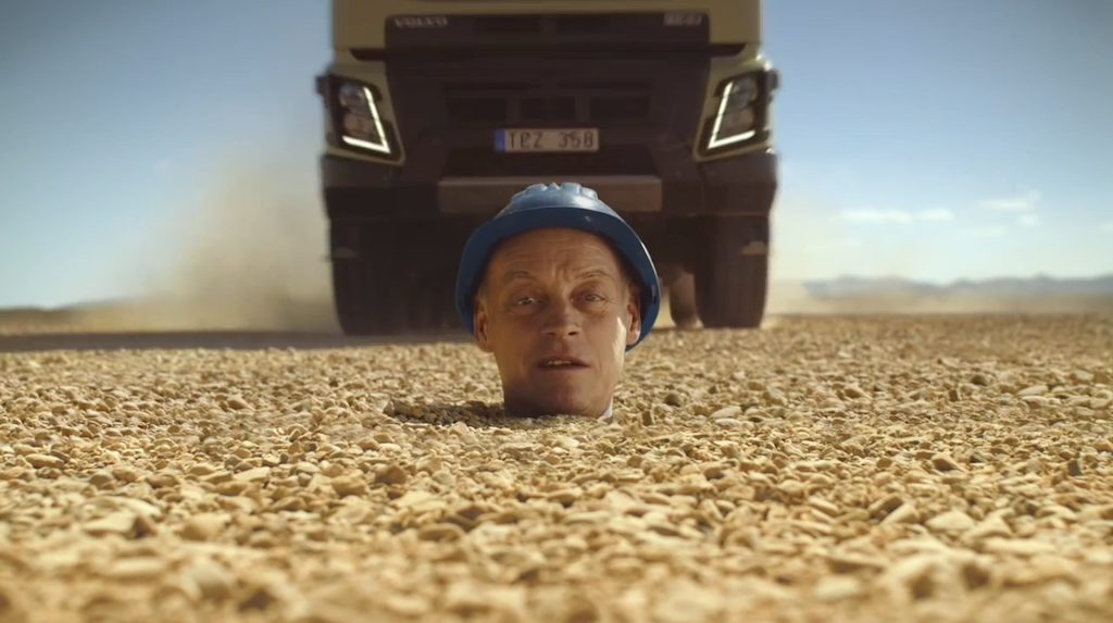 Volvo FMX ground clearance ad