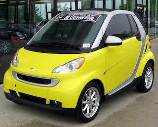 Smart ForTwo was ranked as the most embarrassing car of the decade. (Photo: Wikimedia Commons)