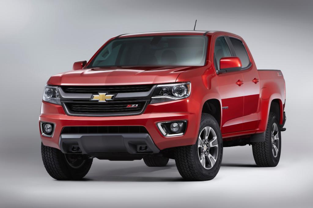 2015-Chevrolet-ColoradoZ71-003