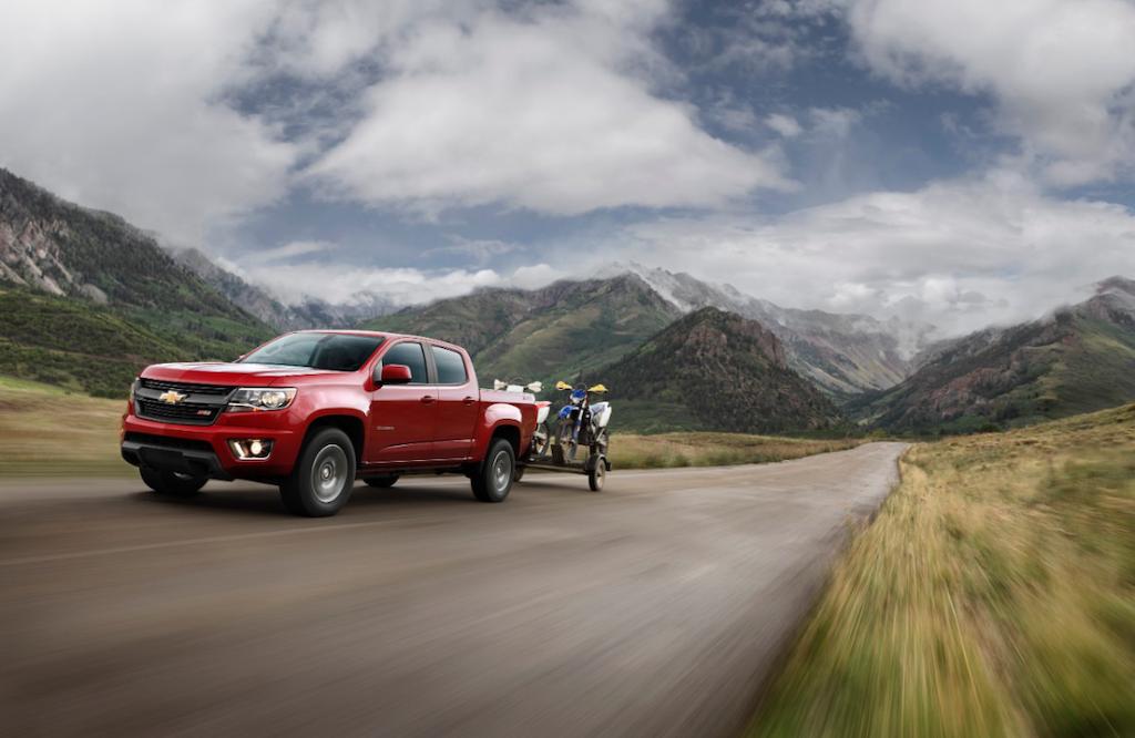 2015-Chevrolet-ColoradoZ71-009