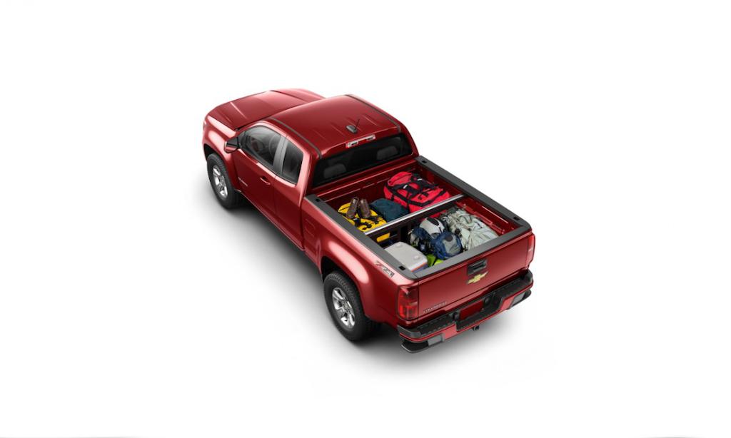 2015-Chevrolet-ColoradoZ71-022