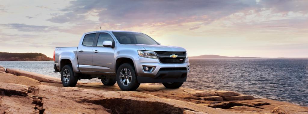 2015-Chevrolet-ColoradoZ71-032