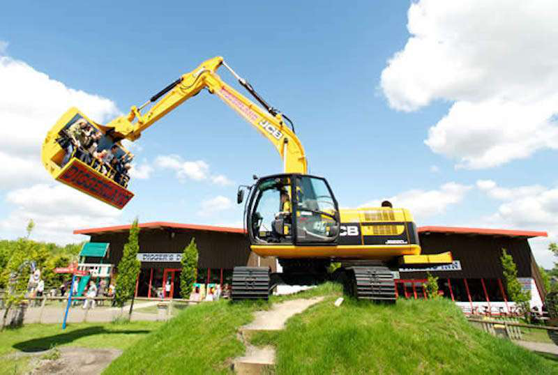 The Spindizzy, an excavator-based ride at one of the Diggerland parks in the UK.