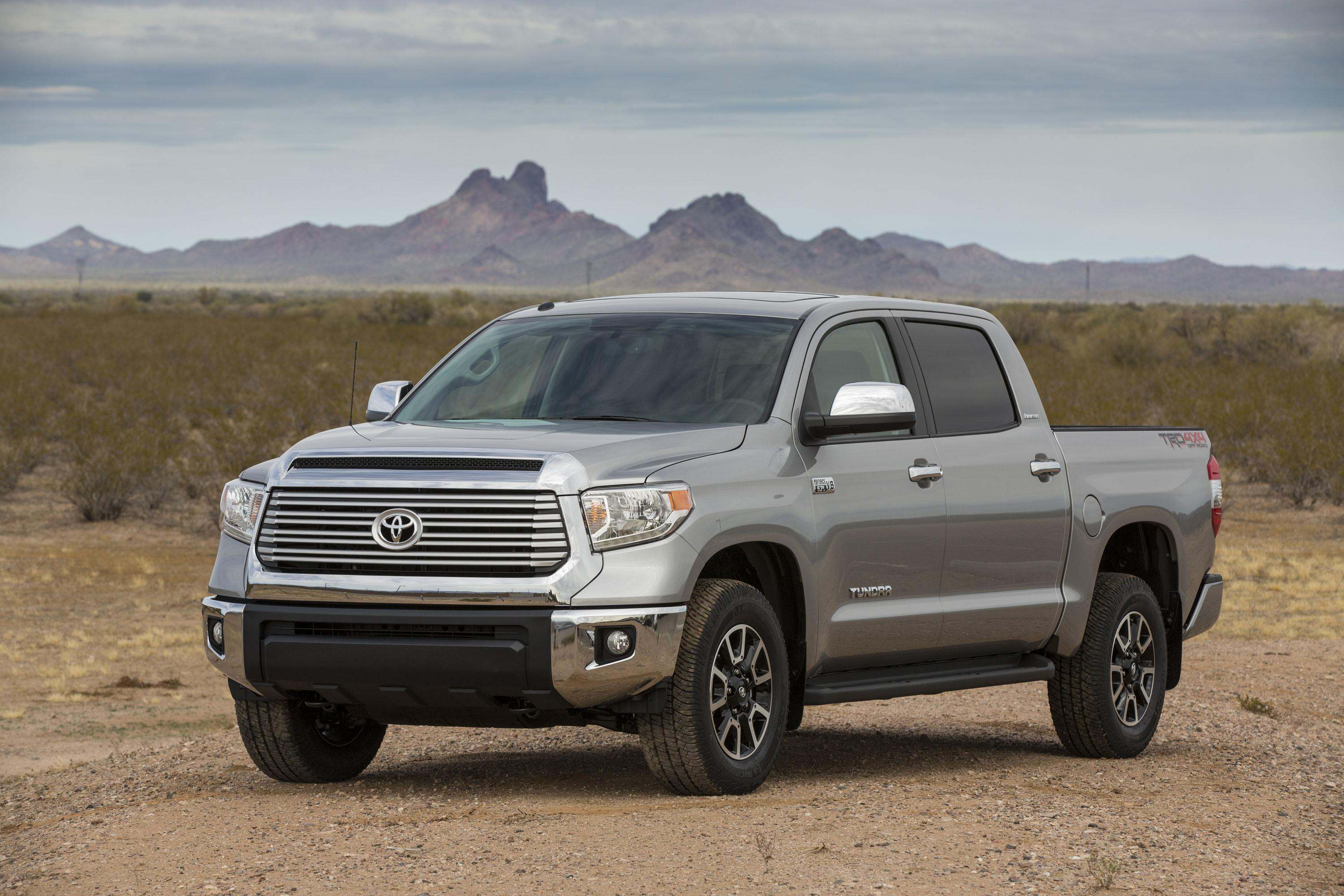 2016 Tundra Diesel >> 2016 Toyota Tundra Could Feature V 8 Diesel Engine