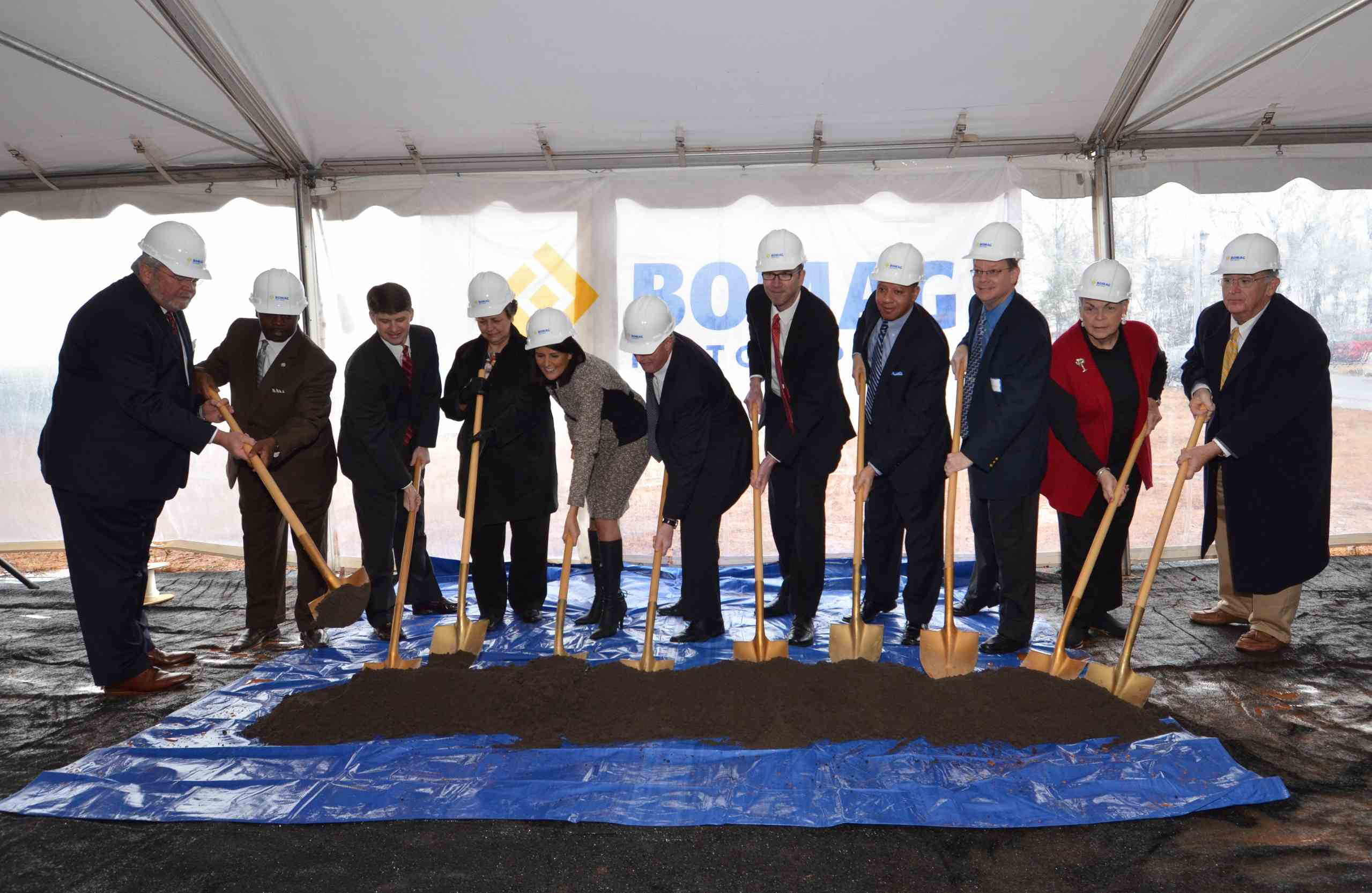 From L to R: Mike Briggs, Milton Pope, Philip Land, Carolyn Robinson, Gov. Nikki Haley, Bomag Americas President Walter Link, Rob Mueckler, Dwayne Perry, Dave Dennison, Mary Lynn Kinley, David Brown