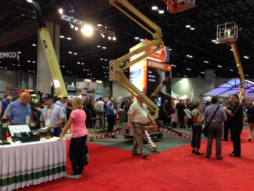 Attendees on the show floor at The Rental Show 2014 in Orlando, Florida.