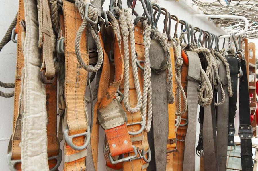 safety-belts-BetterRoads