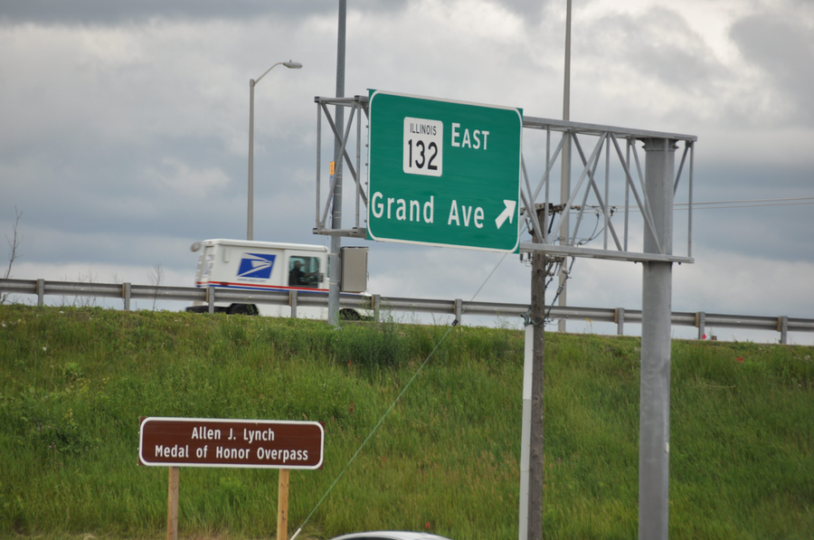 The Allen J. Lynch sign is installed along eastbound Tri-State Tollway at Grand Avenue Bridge.