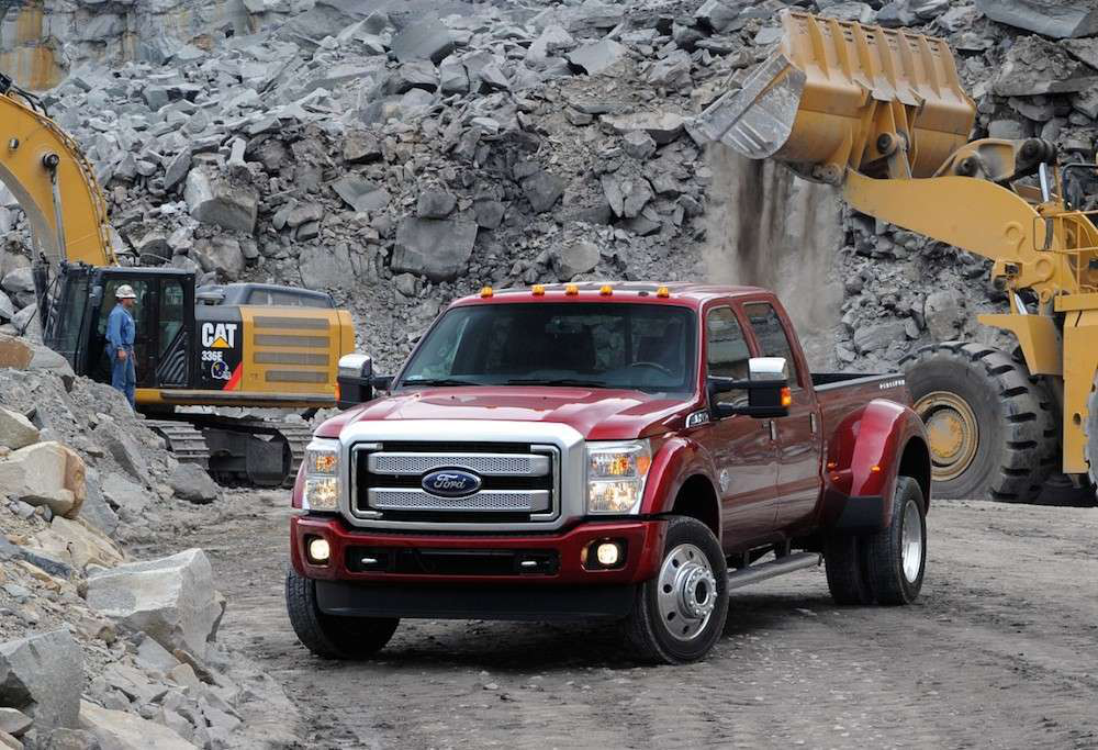 ford retains best in class heavy duty pickup towing despite f 450 39 s move to stricter standards. Black Bedroom Furniture Sets. Home Design Ideas
