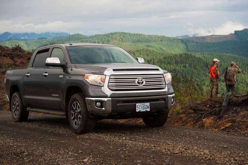 REVIEW: 2015 Toyota Tundra CrewMax 4×4 jumps off the line with