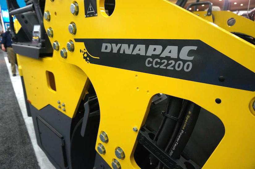 Atlas Copco Dynapac CC2200 roller