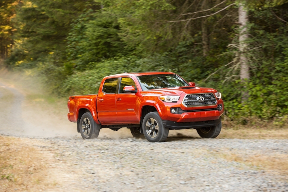 first drive 2016 toyota tacoma 4 4 an impressive upgrade in initial testing photos video. Black Bedroom Furniture Sets. Home Design Ideas