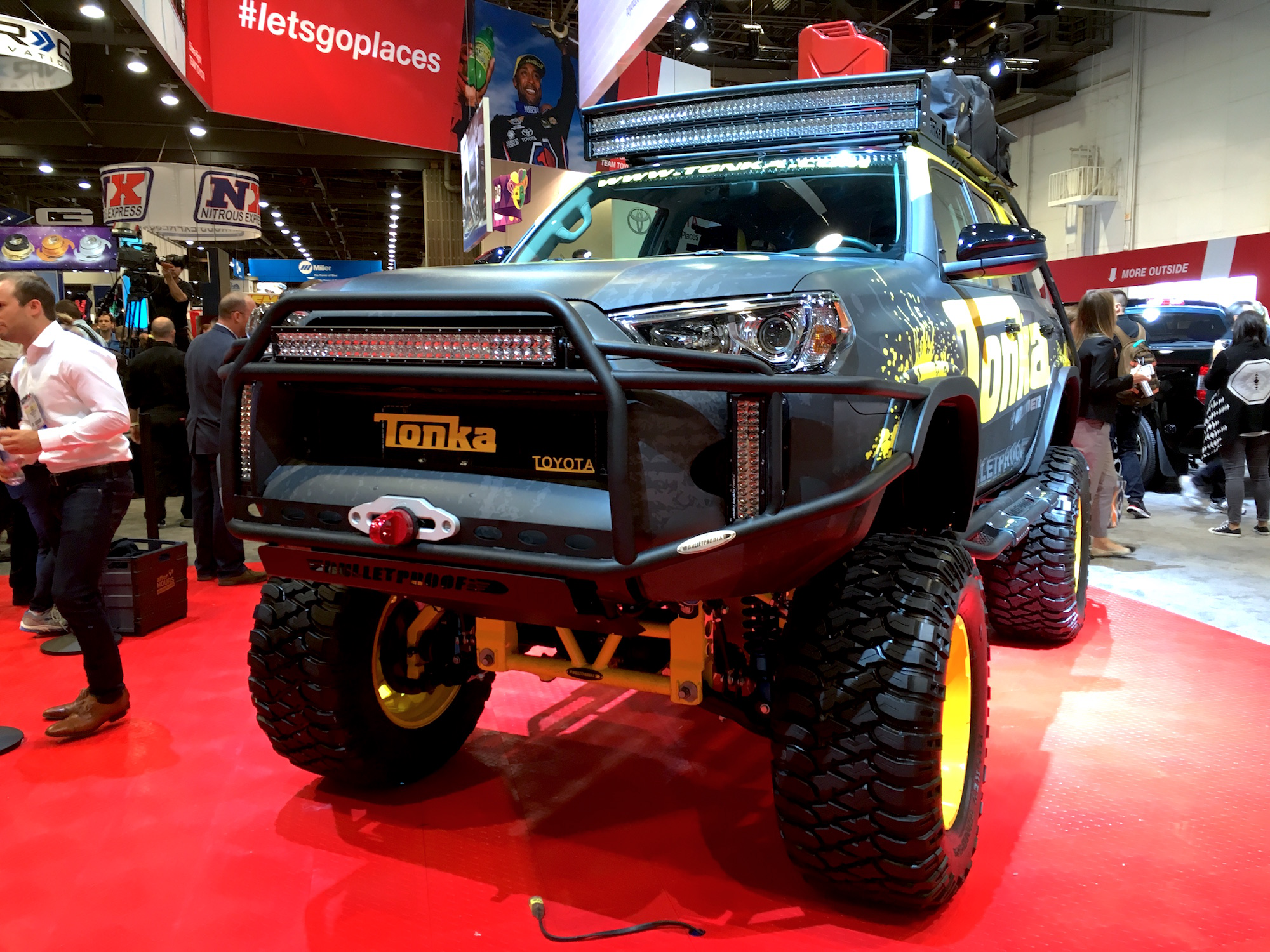 Photos Gt Toyota Unveils Tonka 4runner Concept With A 10 Inch Lift Kit