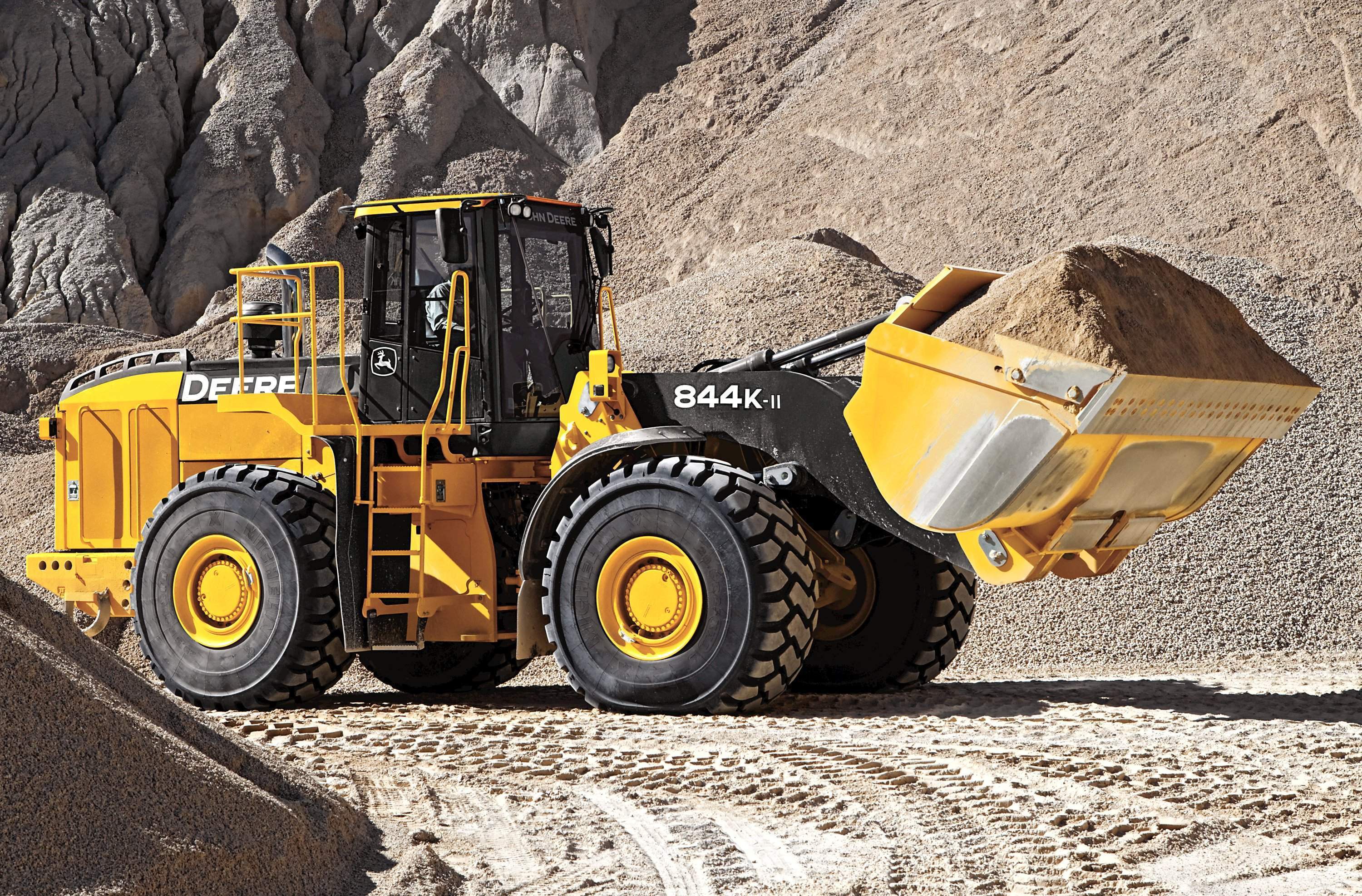 John Deere Launches Worksight Fuel Advantage With