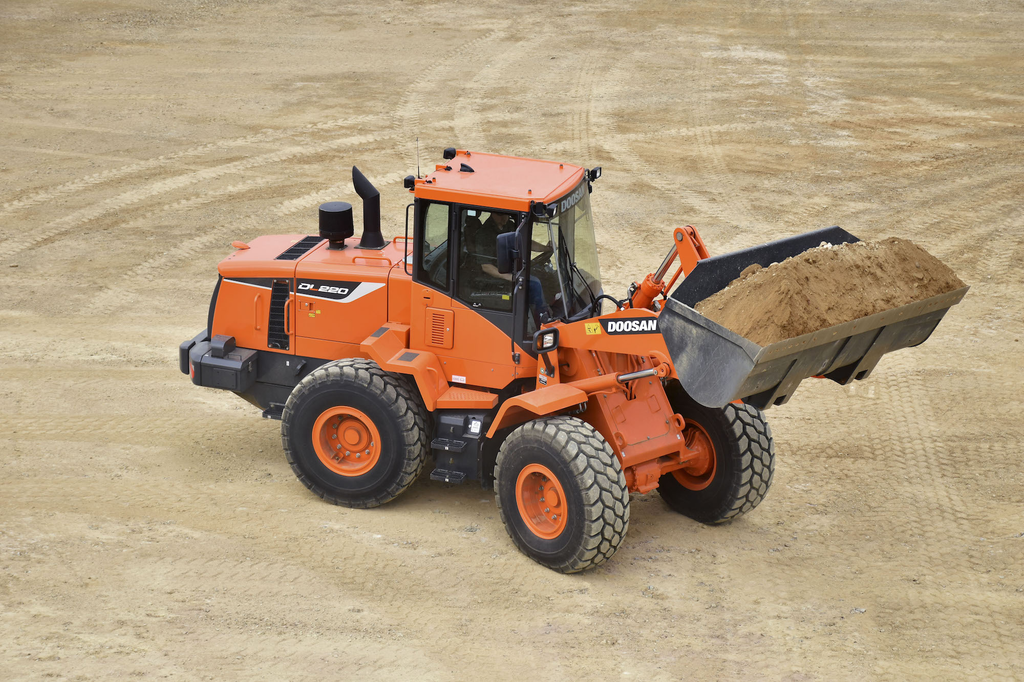 Doosan's new DL220-5 wheel loader does not require a DPF