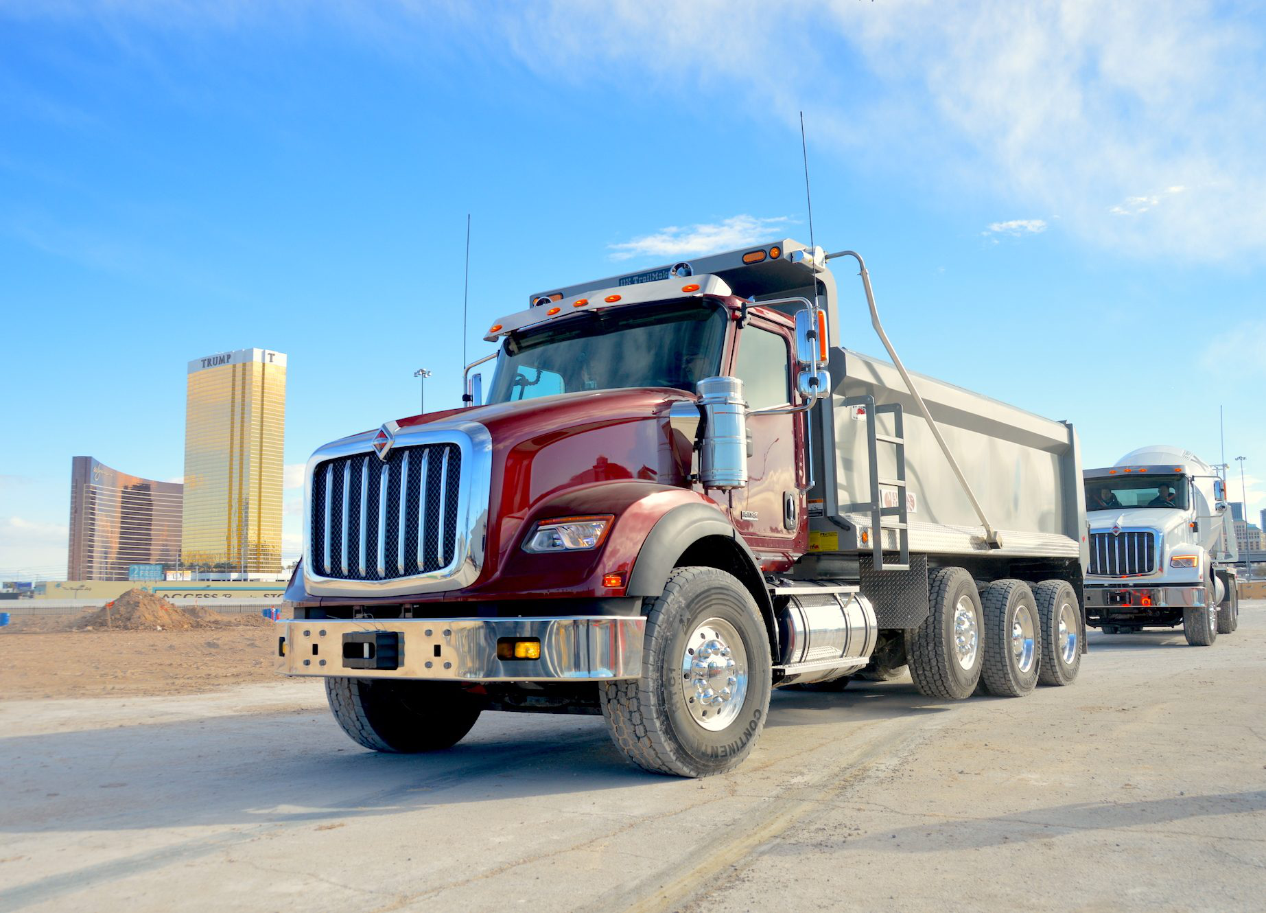 International debuts 3 HX series vocational trucks from ...