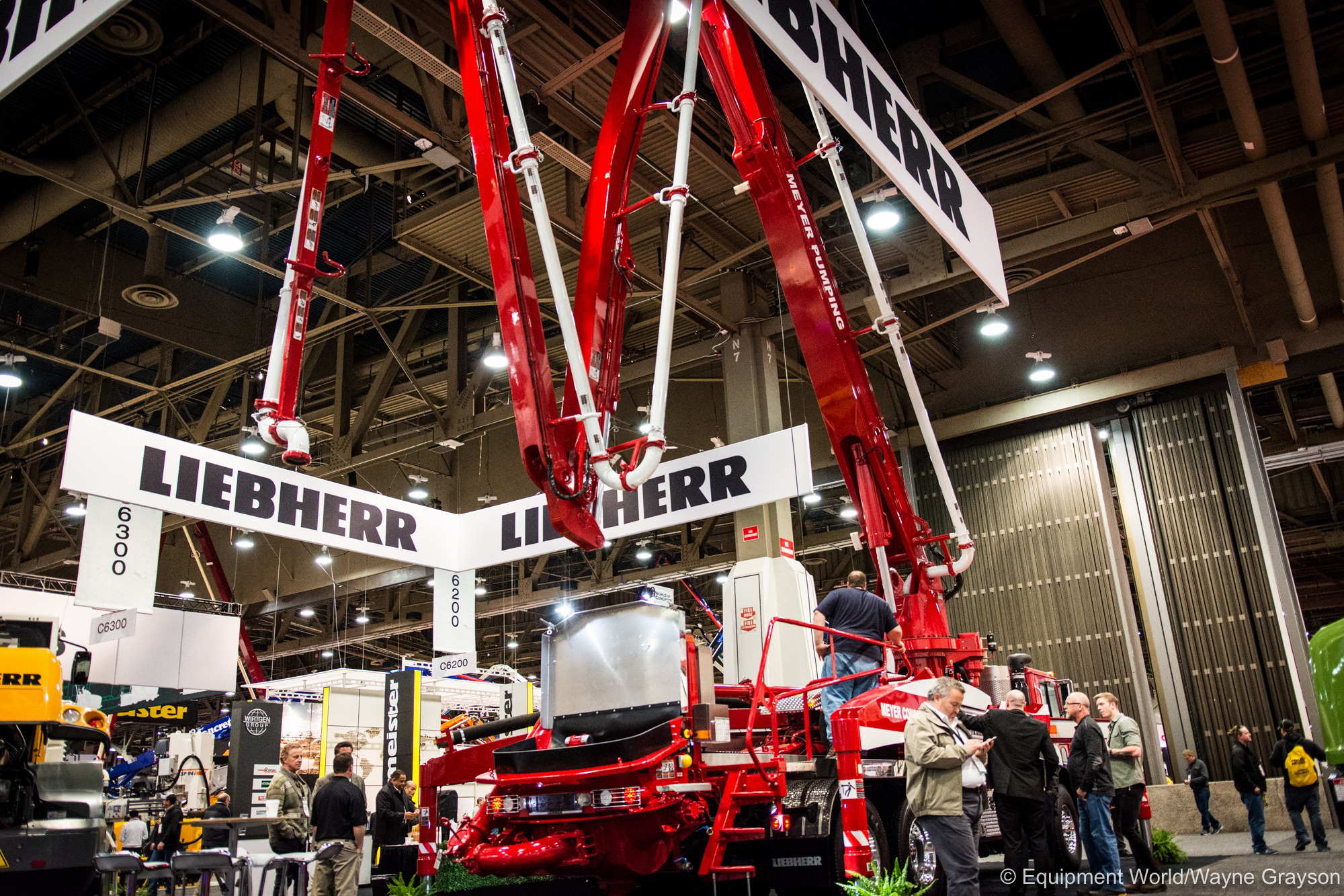 Liebherr debuts truck-mounted 37 Z4 XXT concrete pump at World of