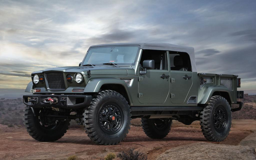 2016 Jeep Comanche >> Jeep Unveils Crew Chief 715 And Comanche Open Air Concept Pickups