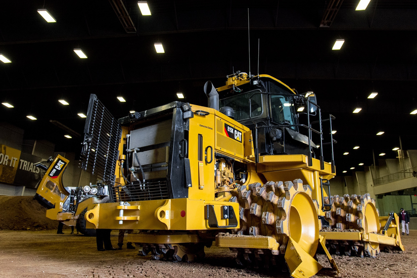 Terra Compactor Wheels : Caterpillar intros k soil compactor with improved cab