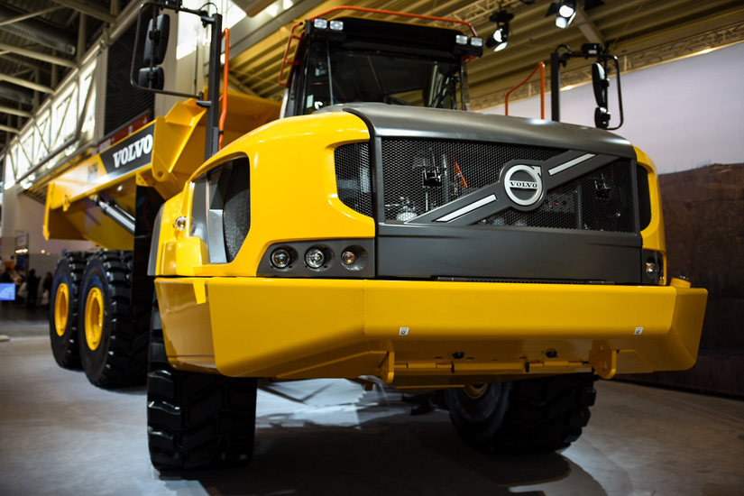 Volvo Ce Unveils 60 Ton A60h Articulated Dump Truck