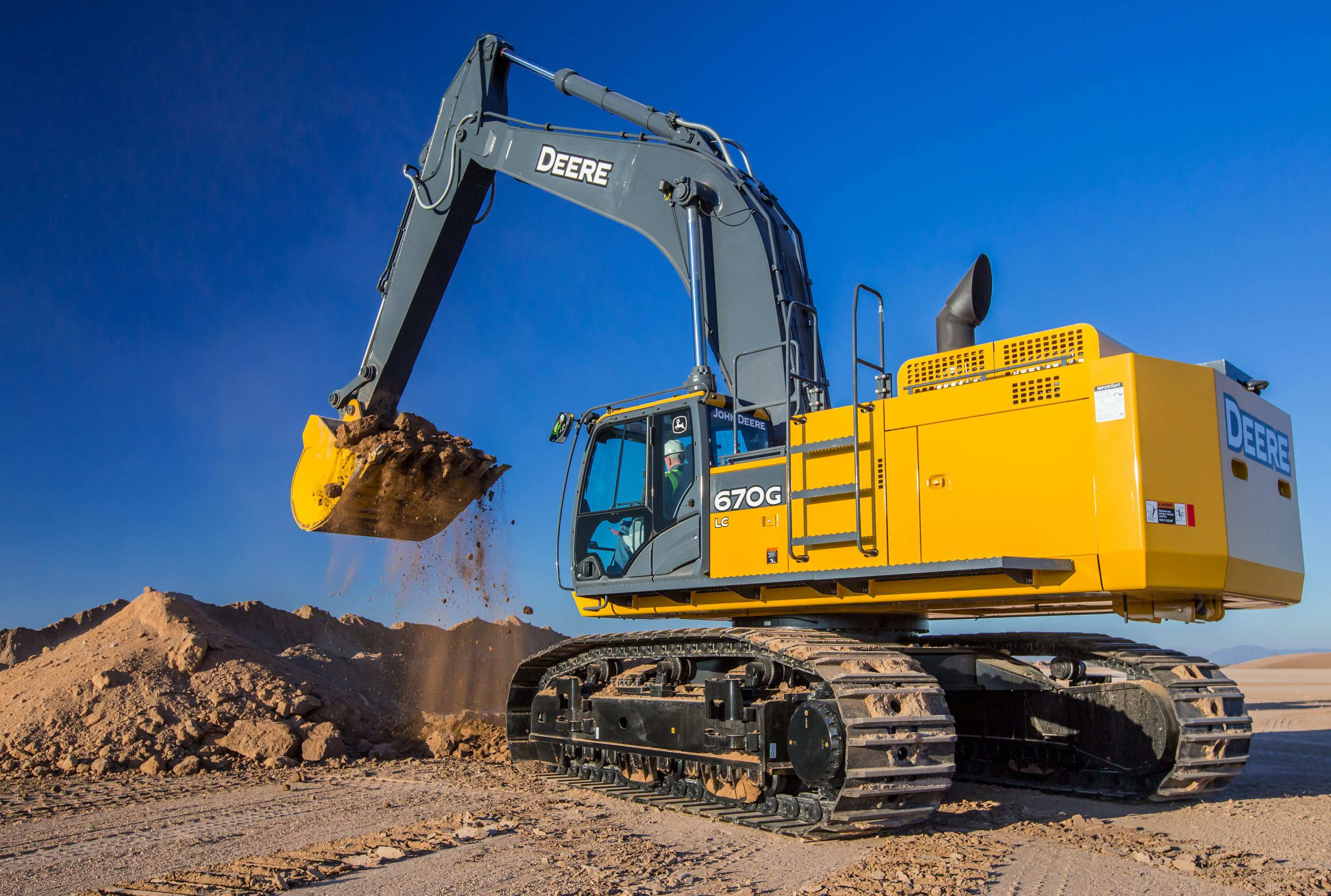 John Deere Updates 670g Lc Excavator With Improved Hydraulics